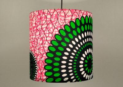 Lámpara con diseño africano de Artesanía Antonio