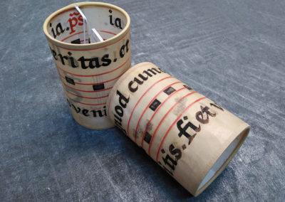 Lámpara de diseño de pergamino antiguo de Artesanía Antonio